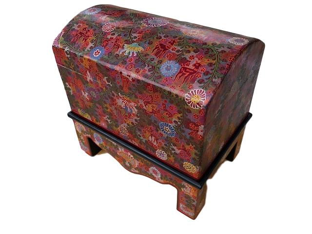 Olinala Hand-crafted Wooden Trunk